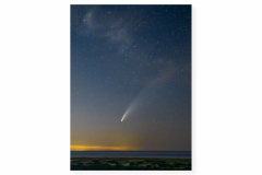 Comet-Neowise-over-the-Province-Lands